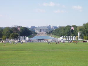 Looking down to the WWII Memorial from the Washington Memorial.  No fences when we were there.
